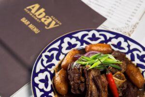 Ресторан «Abay» вновь запустил акцию по безопасной бесконтактной доставке блюд